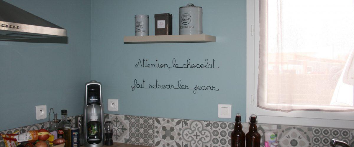 Phrase aluminium chocolat mur cuisine